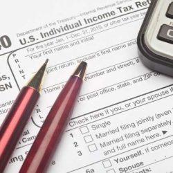 """Esquemas que incluyen falsificación de ingresos y documentos se incluyen en lista """"Docena Sucia"""" del IRS"""