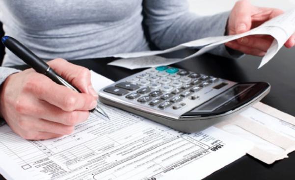 IRS: realice un pago de impuestos estimados ahora y evite una sorpresa a la hora de impuestos